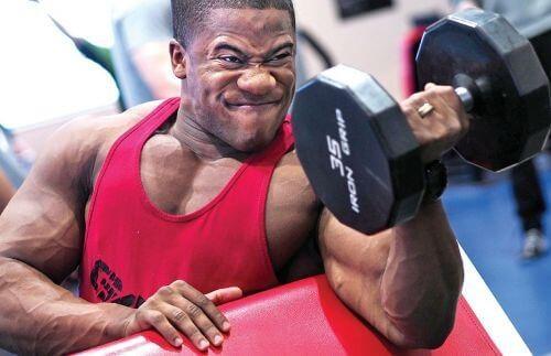 أتعلم ازاي تبني العضلات في ٤ خطوات بسيطة